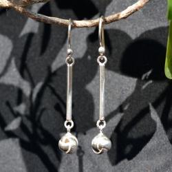 Zilveren oorbellen Knot