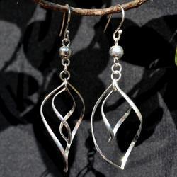 Zilveren oorbellen Trivial